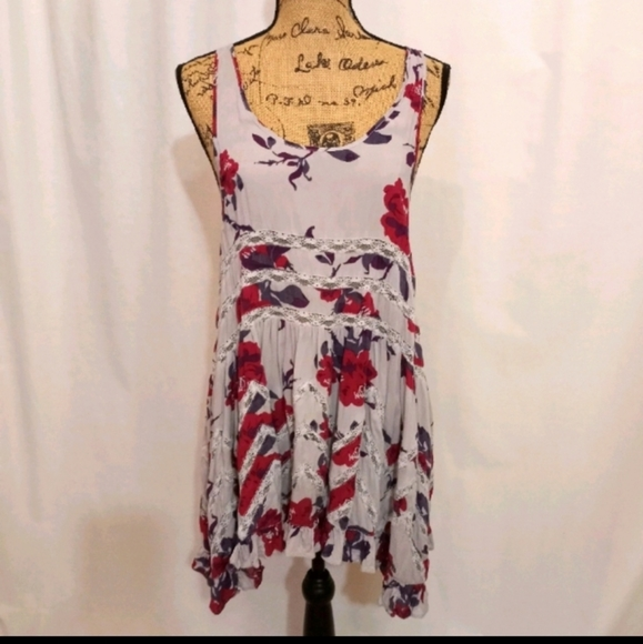 6 PIECE FREE PEOPLE SUMMER BUNDLE, 3 DRESSES, 3 TO